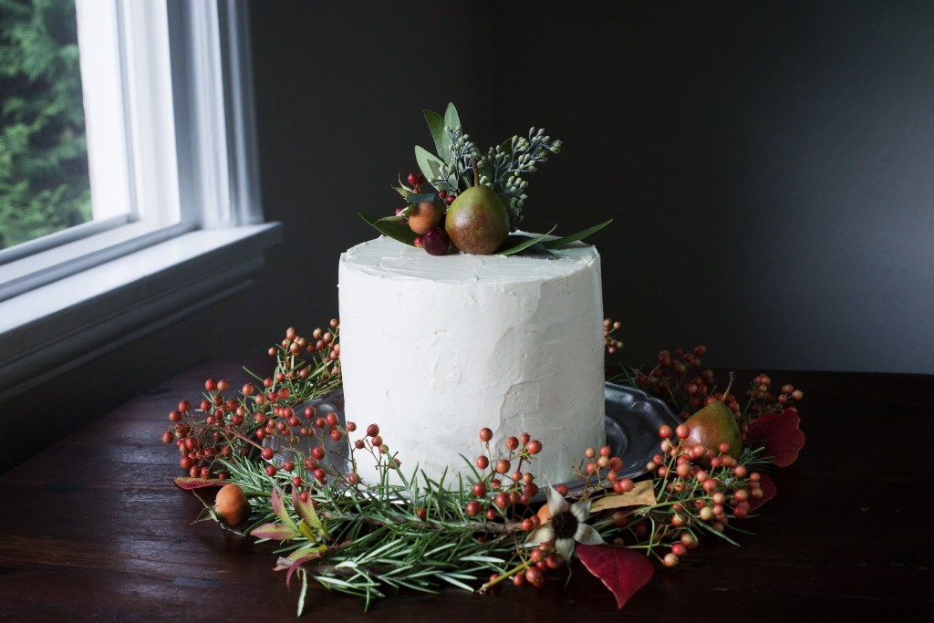 spiced molasses cake with creme fraiche buttercream // ohhoneybakes.com