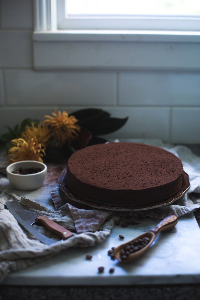dark chocolate and bourbon cream fudge cake // ohhoneybakes.com