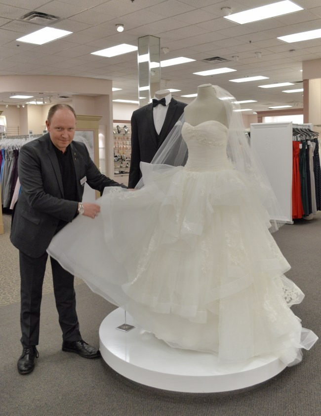 Wedding Wednesday | David's Bridal creative director Robert Barnowske talks trends