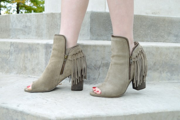Oh Julia Ann - Suede Tobi Shift Dress with Peep Toe Fringe Diba True Booties and Lace Bralette Outfit (6)