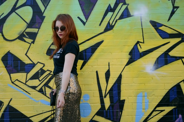 Oh Julia Ann - Outfit - Gold Sequin Maxi Skirt with Graphic Band Tee and Booties summer look casual dressed down formal (2)