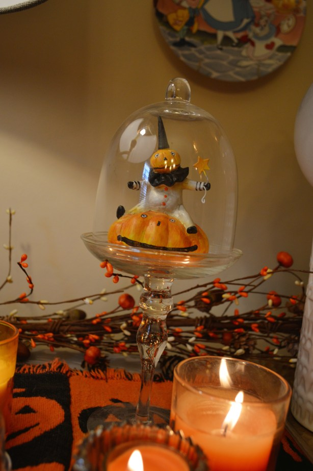 spooky-autumn-bar-decor-for-halloween-from-gordmans-discount-holiday-decorations-in-the-dining-room-oh-julia-ann-3