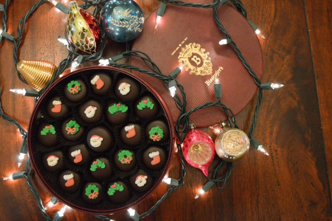 12 Days of Gift Guides + Giveaways | Celebrating with Candy from Bissinger's