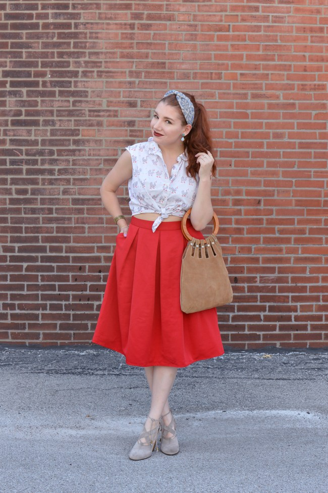 Very Vintage | Retro Top and Bag with a Circle Skirt for Late Summer