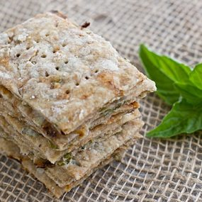 Vegetarian & Vegan Basil and Sun-Dried Tomato Crackers