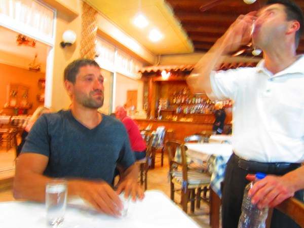 2013611 Cretan dinner7