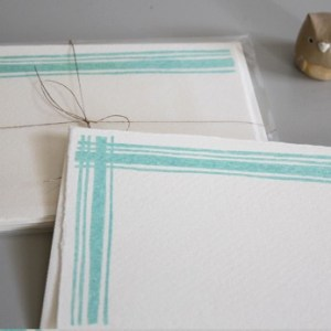 blue plaid linea carta 300x300 Sweet Note Cards