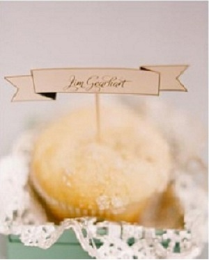 Cupcake Seating Cards1 Wedding Details: Escort Cards and Place Cards