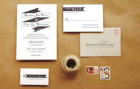 DIY Rubber Stamp Banner Wedding Invitation Tutorial 550x352 DIY Tutorial: Rubber Stamp Banner Wedding Invitations