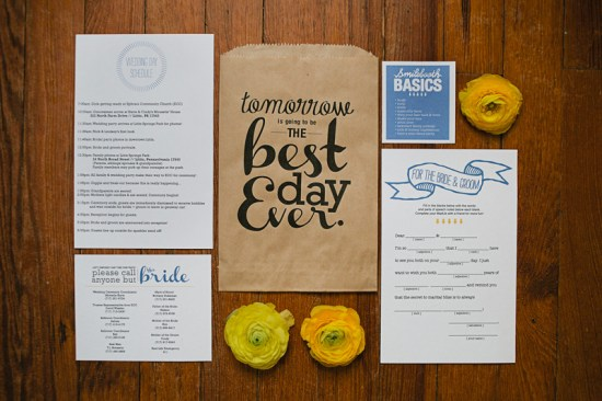 Creative Wedding Rehearsal Dinner Invitations6 550x366 Nick + Lindseys Creative Wedding and Rehearsal Dinner Invitations