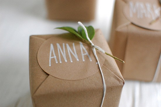 DIY Kraft Gift Wrap Chelsea Fuss for Project Wedding DIY Holiday Gift Wrap Ideas