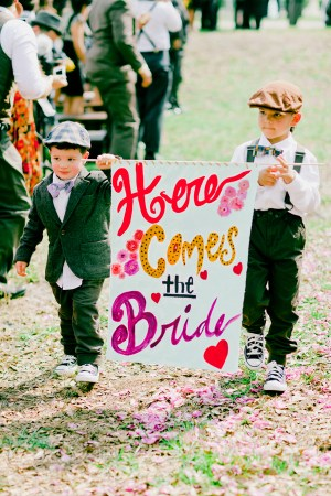 Colorful Here Comes the Bride Sign Michelle March 300x450 Wedding Stationery Inspiration: Here Comes the Bride Signs