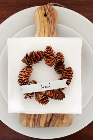 DIY Mini Pinecone Wreath Placeholder 21 300x450 DIY Tutorial: Mini Pinecone Wreath Placeholders