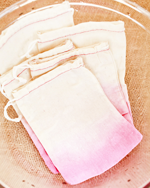 OSBP DIY Tutorial Dip Dye Heart Bags 30 DIY Tutorial: Dip Dye Heart Favor Bags