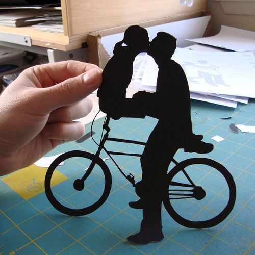 6a00e554ee8a2288330120a929f7e6970b 500wi Silhouettes and Papercuts by Joe