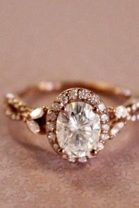 21 Sophisticated Vintage Engagement Rings To Prove Your ...