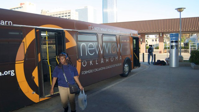 One of the last buses of the evening arrives at Oklahoma City's downtown transit center close to 7:30 p.m. (Ben Felder)