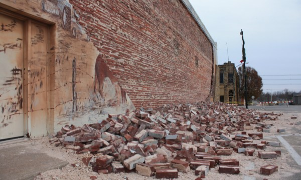 lions-club-mural-bricks_2