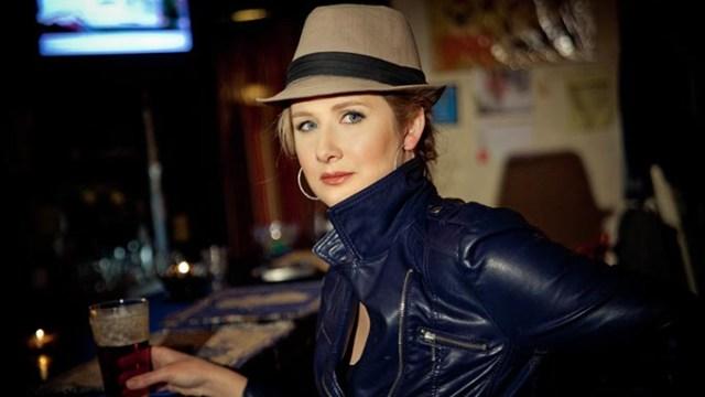 Amy Black MEMPHIS - Lamplighter - credit Stacie Huckeba