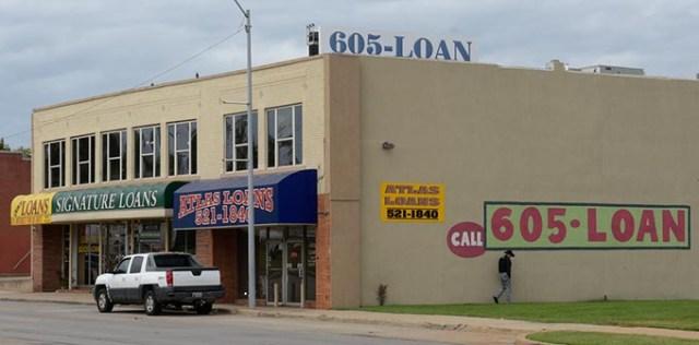 Quick Loans, Signature Loans and Atlas  Loans operate along NW 23rd Street near  Broadway Exchange. (Garett Fisbeck)