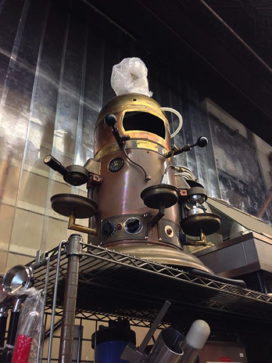 ニューヨーク業務用キッチン用品店「Chef Restaurant Supplies」不思議な機械