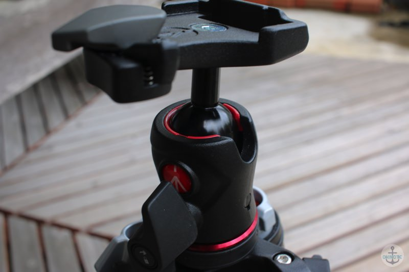Manfrotto Befreeの三脚の雲台