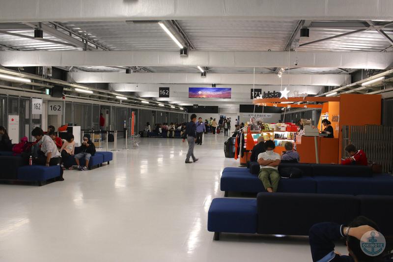 成田空港第3旅客ターミナル待合所