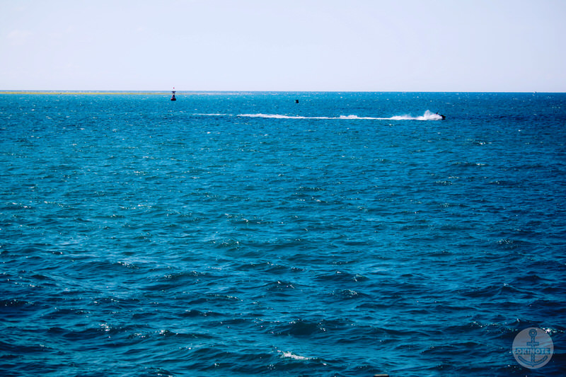 OKINAWA FOOD FLEAから見える宜野湾マリーナの海