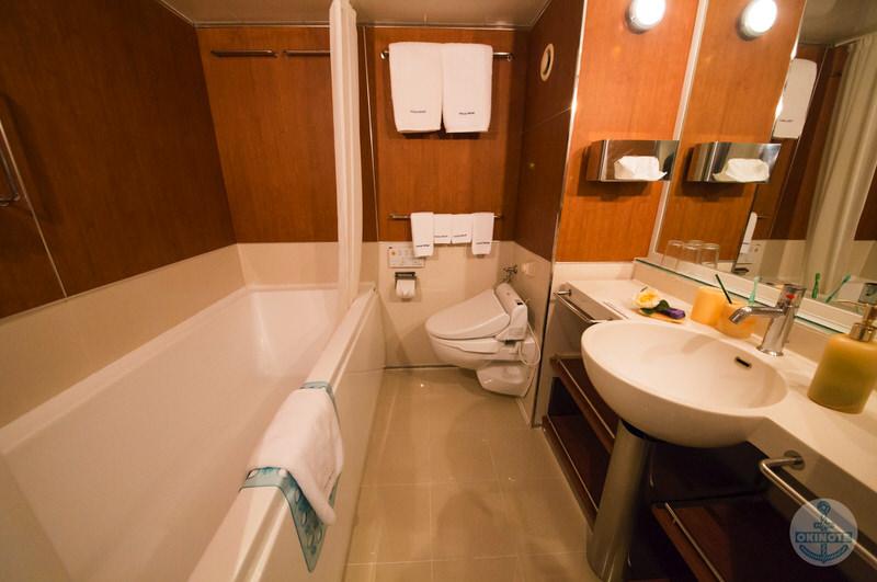 グレードが高い2人部屋のバスルーム