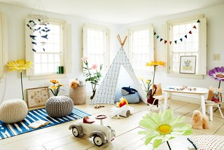 Fun Functional Playroom Decorating Ideas
