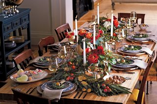 14 Gorgeous Holiday Table Settings Our Style Blog One