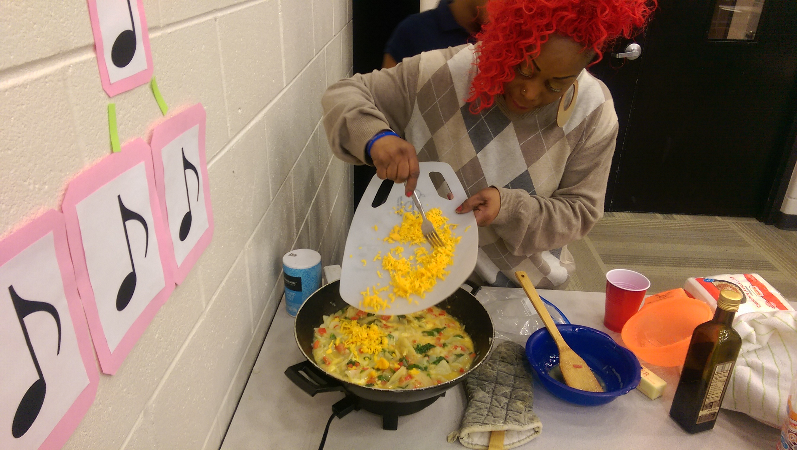 okt sharing healthy eating tips at gr public schools kitchen table cooking school Advertisements