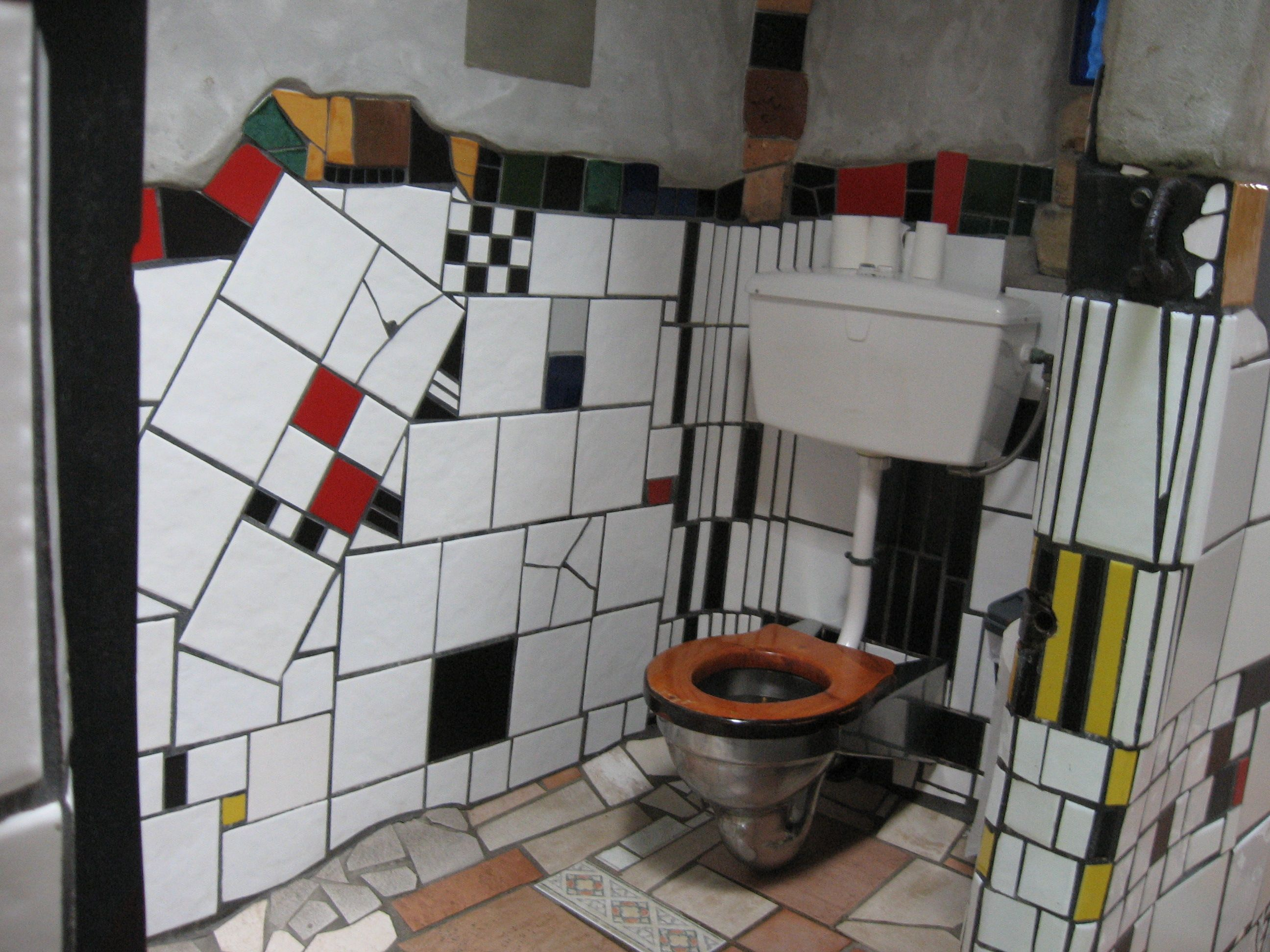 Hundertwasser Interieur New Zealand Top To Bottom | Old Maine Travelers