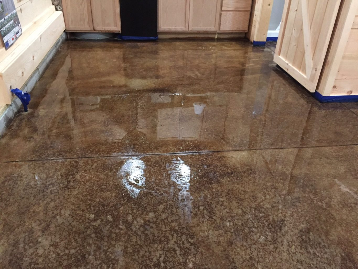Acid staining our concrete floors an expensive look at for Stained polished concrete floor