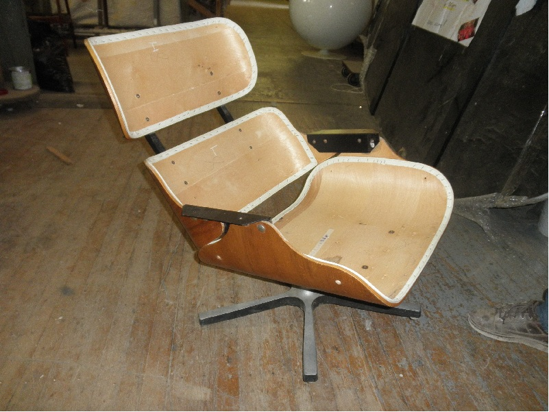 Lounge Chair Charles Eames Vintage Eames Lounge Chairs- Real Or Reproductions?