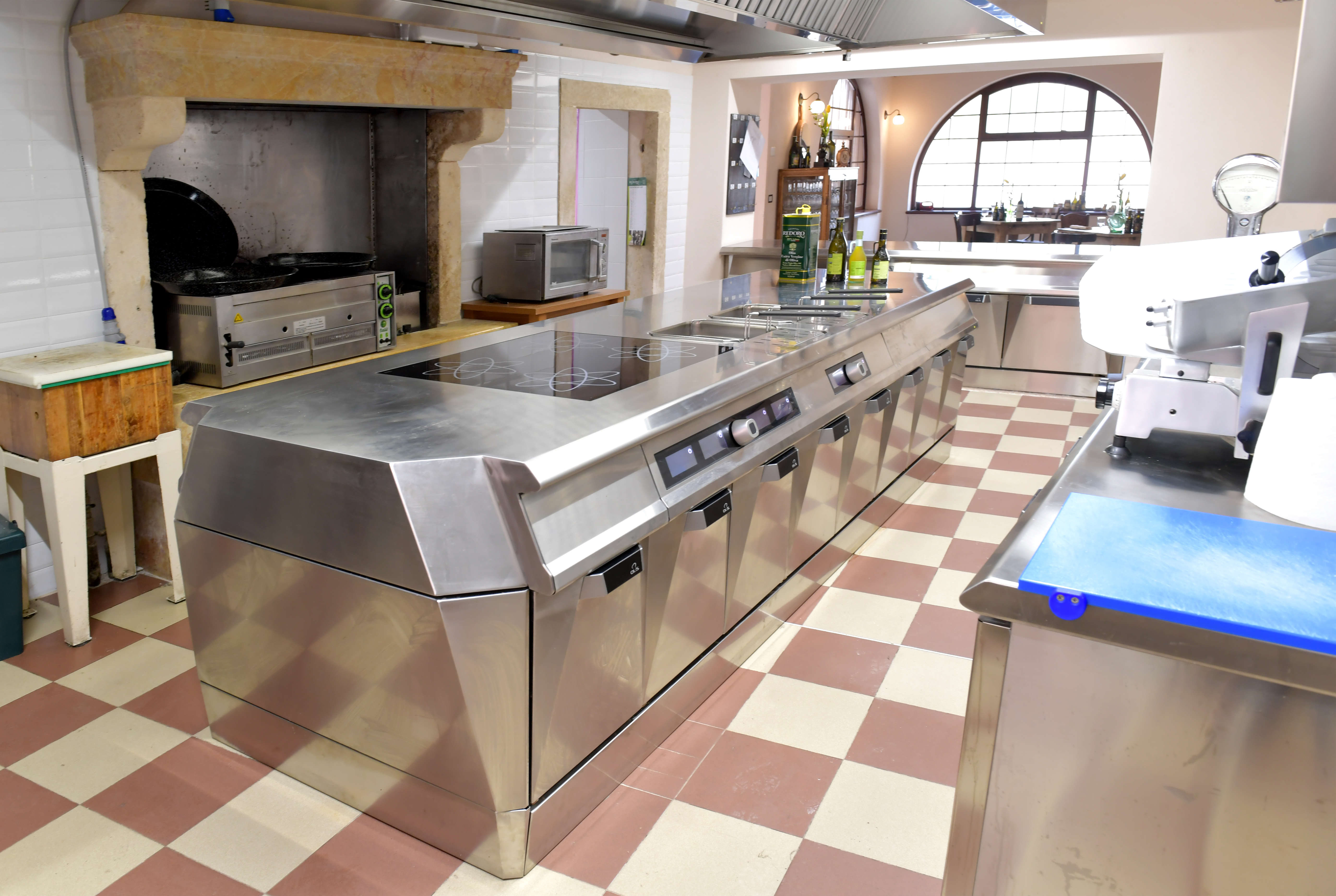 Blocco Cucina Industriale Olis We Innovate Cooking