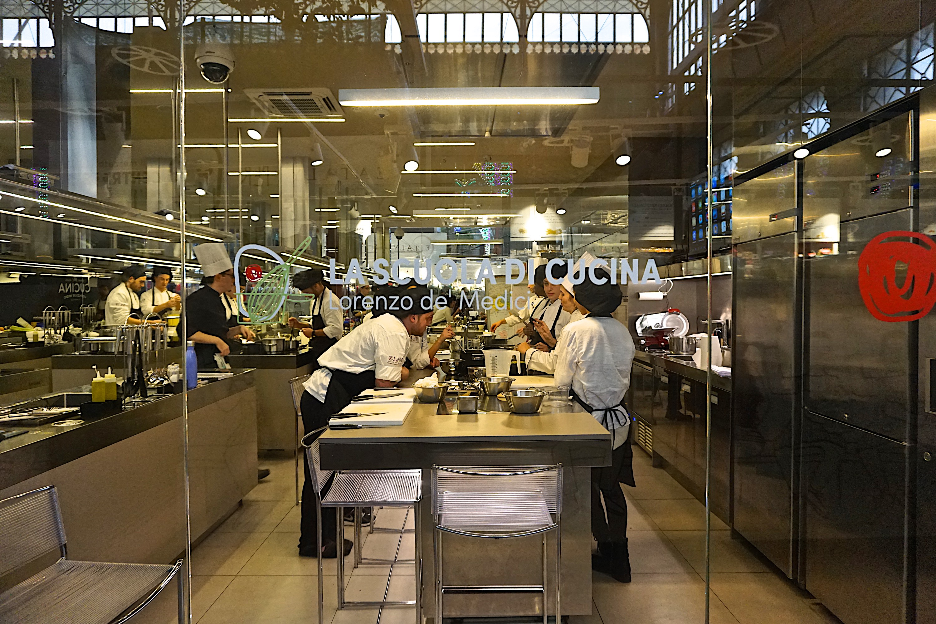 Cucina Lorenzo De Medici Florence Markets 1 Mercato Central Olive Oil And Lemons Dina