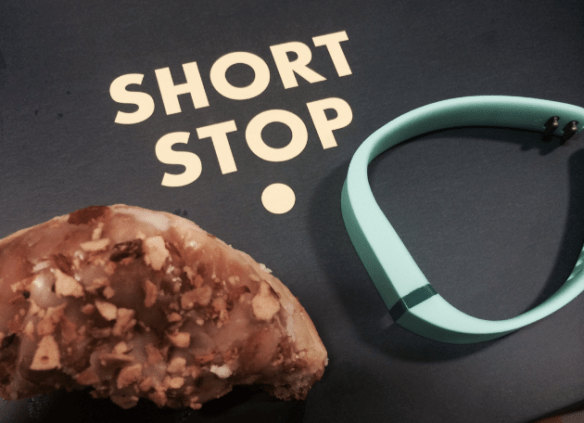 Short stop - 1v1: Doughnut Vs Fitbit
