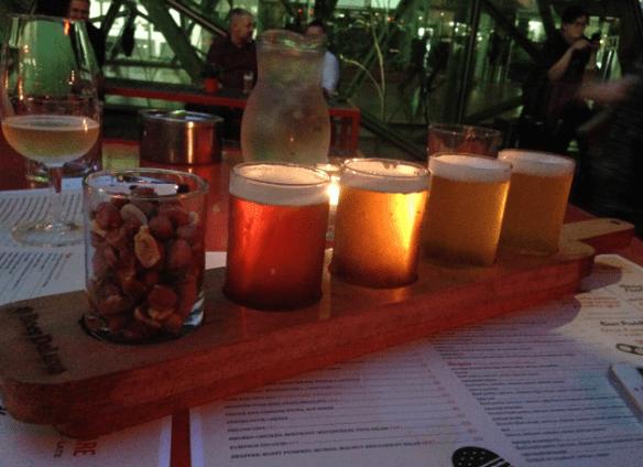 Beer deluxe - Beer tasting paddle