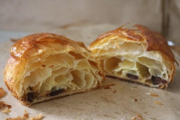 Lune Croissanterie - Chocolate croissant
