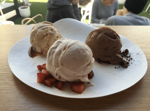 Haagen-Dazs Melbourne popup - Strawberries and cream