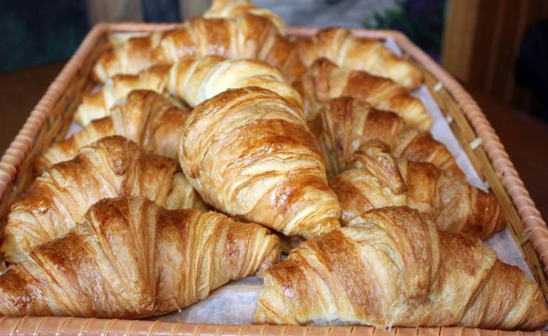 Croissants-La-Petite-France-West-Hartford-CT-0