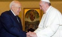 Πάπας Φραγκίσκος: «Ο Κάρολος Παπούλιας είναι σοφός άνθρωπος»