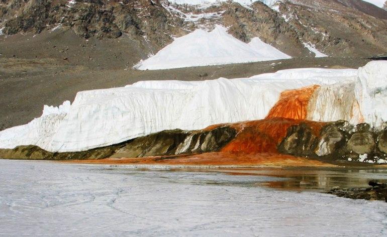 blood-falls-in-antarctica