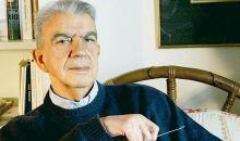 Νεκρός με μώλωπες ο συγγραφέας Μένης Κουμανταρέας