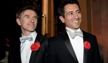 Ο Ντέιβιντ Κάμερον χαιρέτισε τον πρώτο γκέι γάμο στη Βρετανία