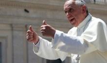Πάπας Φραγκίσκος: «Δεν είμαι κομμουνιστής, η φτώχεια είναι η σημαία του Ευαγγελίου»