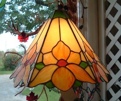 Viragos Tiffany lámpa
