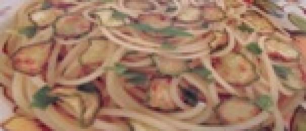 Spaghetti mit Zucchini