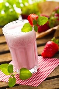 Erdbeer-Bananenfrappe